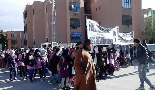 Les protestataires ont rappelé au ministre Boudiaf ses promesses.