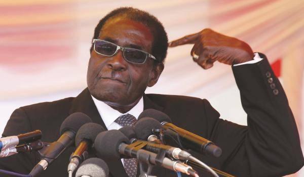 Mugabe, le plus vieux potentat au pouvoir