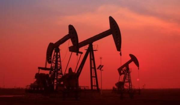 Le pétrole en légère hausse sur fond de tensions Iran-USA
