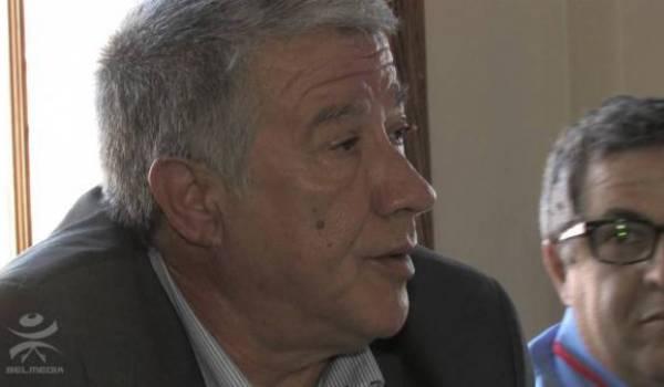 Younès Adli interdit d'expression à Akbou.