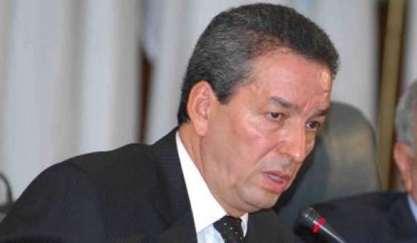 Amara Benyounes, soutien patenté des errements de la clique au pouvoir.