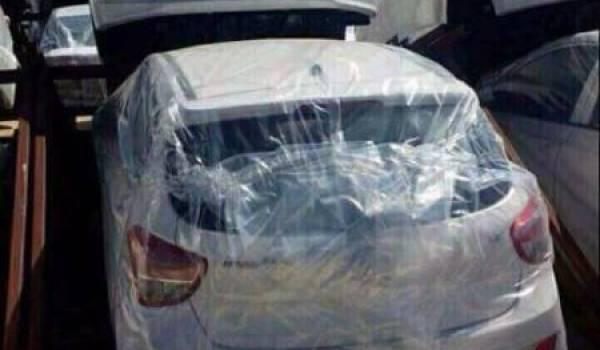 Quel lien entre le scandale Tahkout et l'interdiction d'importer des véhicules en Algérie?