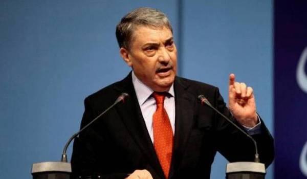 """Ali Benflis : """"Le régime politique en place survit avec une mentalité d'un autre âge"""""""