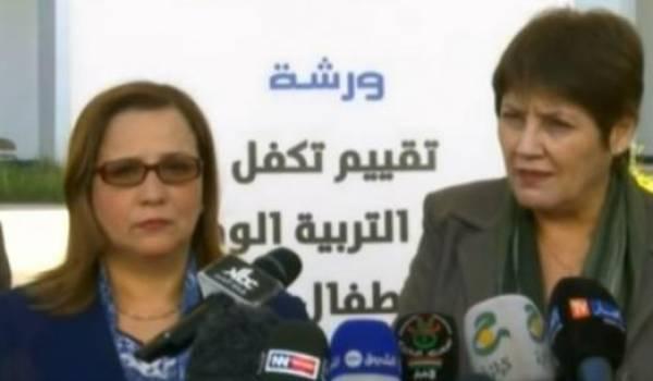 """Nouria Benghabrit : """"frapper un élève en Algérie est puni par la loi"""" (vidéo)"""