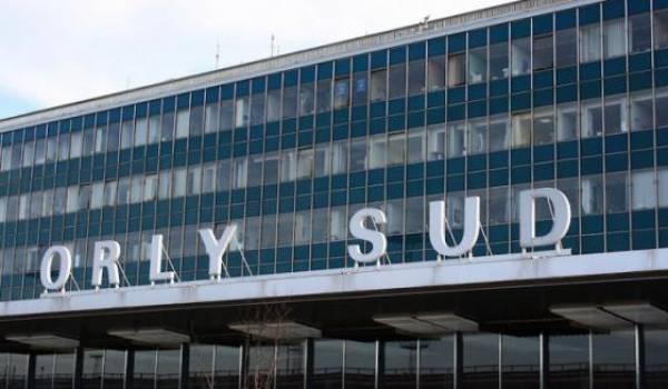 Un homme abattu à l'aéroport d'Orly, des vols détournés