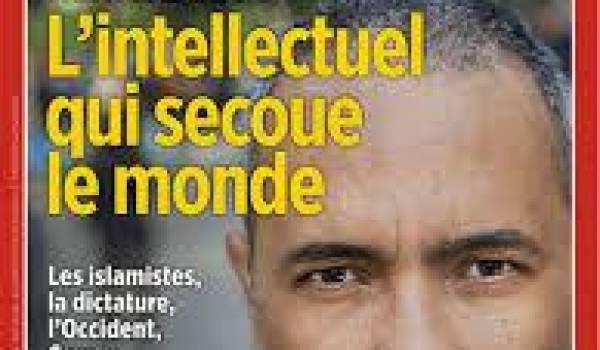 """La une du """"Point"""", un magazine de la droite française"""