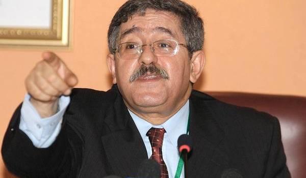 Ouyahia se  découvre salafiste