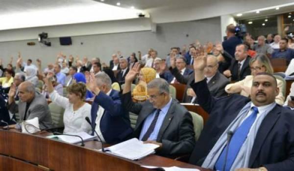 Les députés sortants ont sali le très peu de crédit que pouvait avoir l'APN.