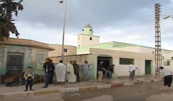 Une attaque au cocktail Molotov fait 36 blessés dans une mosquée à Tébessa ! (Vidéo)