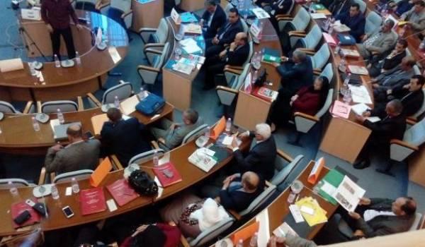 Chefs de daira et maire de la wilaya réunis samedi par le wali.