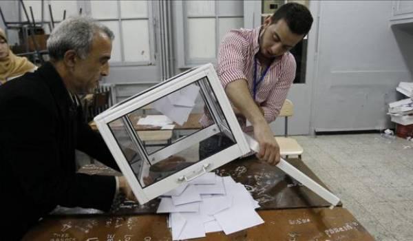 De crainte d'une fraude massive, des partis mutualisent la surveillance à Tiaret !!!