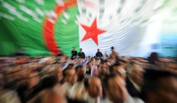 """""""Faire allégeance à ce système, c'est briser l'avenir de l'Algérie !"""""""