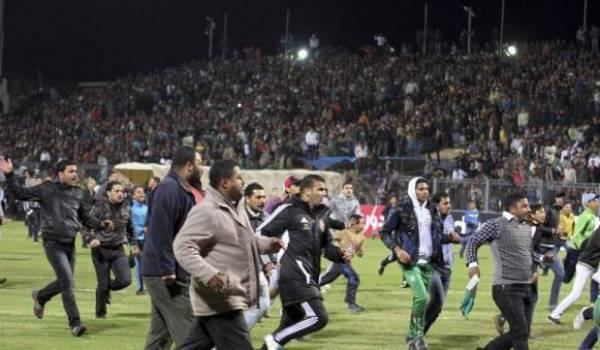 Le pouvoir craint les hooligans algériens.