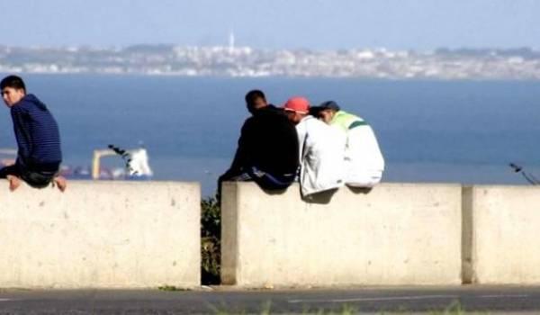 Le chômage des jeunes mine la société algérienne, sans que le gouvernement ne prenne la mesure du danger.
