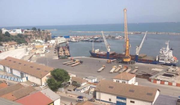 Port de Bejaia. Crédit photo : Mounir Outemzabt.