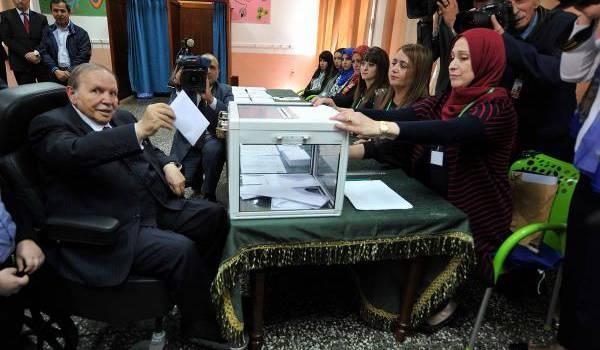 En toile de fond des législatives, la succession au locataire actuel du palais présidentiel.
