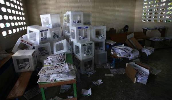 Outre la fraude, la participation a été l'une des plus infimes de l'histoire de l'Algérie.