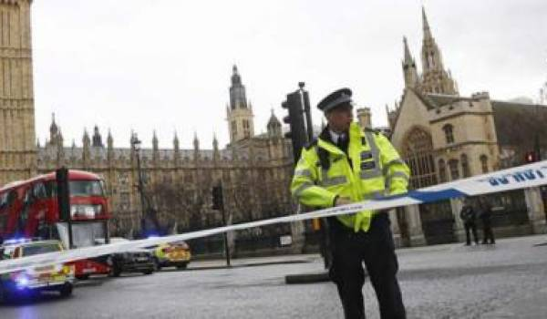 Londres cible d'une double attaque terroriste.