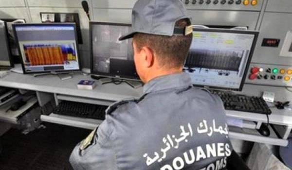 La région ouest du pays est le terrain privilégié des trafiquants qui s'approvisionnent au Maroc voisin.