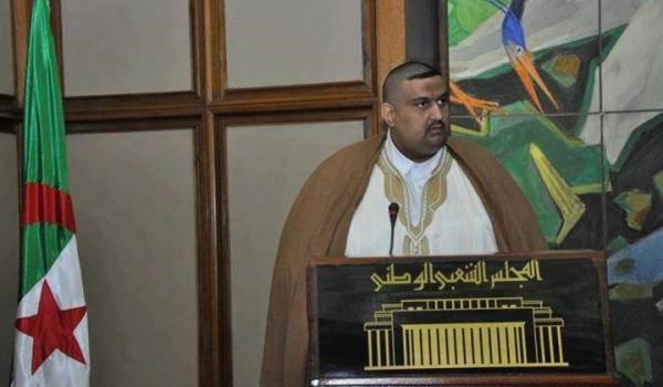 Le député FLN Baha Eddine Tliba, symbole de l'argent et de l'incompétence qui conquièrent l'APN.