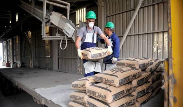 L'Algérie consomme annuellement environ 22 millions de tonnes de ciment.