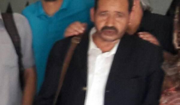 Abdelkader Berrbiha, âgée de 61 ans, journaliste, a été victime du zèle d'un gendarme sur la route.