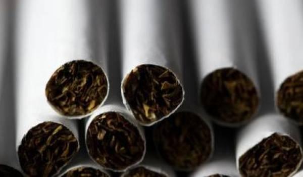 Fumer devient de plus en plus cher en France.