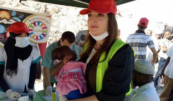 Des jeunes à Batna investis dans la solidarité avec les migrants.