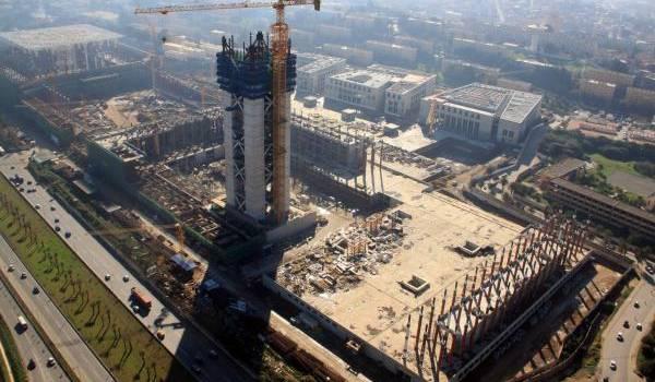 Austérité pour le peuple et grosses dépenses pour la Grande mosquée d'Alger