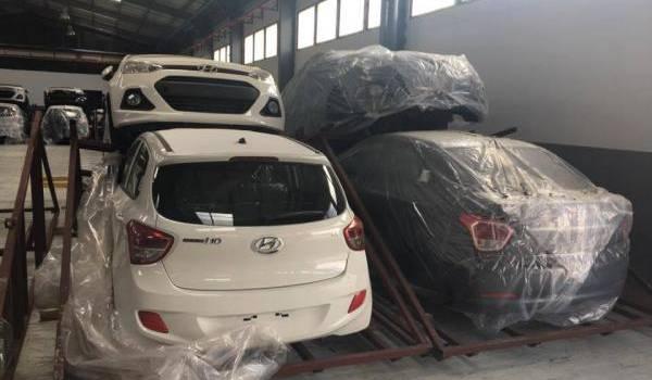 Qui se souvient des révélations sur l'usine Tahkout avec des voitures presque finies importées à son usine