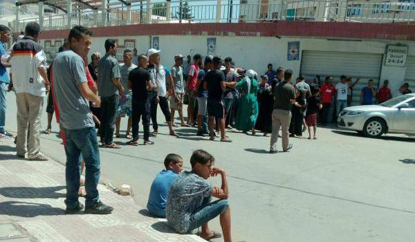 Rassemblement des demandeurs de logement devant la daïra de Tiaret