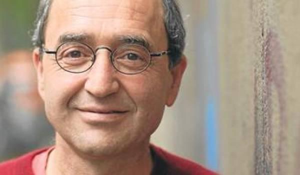 Dogan Akhanli recherché par les autorités de son pays d'origine, la Turquie.