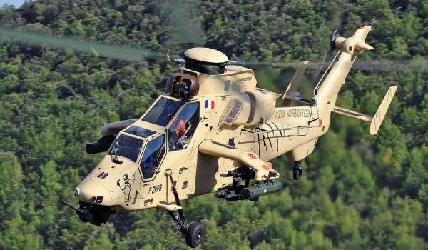 L'hélicoptère de combat français Tigre.