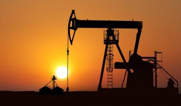 Le pétrole recule un peu à la veille de la réunion de l'Opep