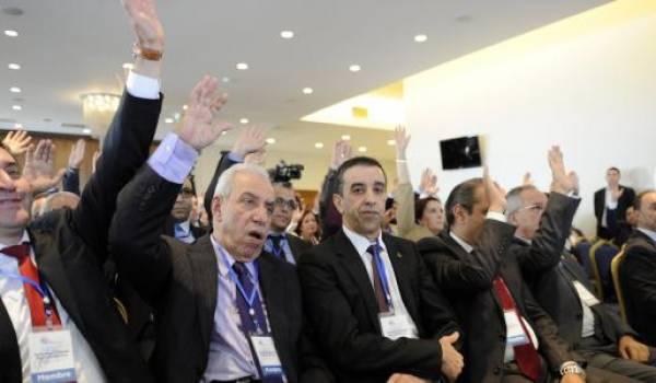 Ali Haddad ne lève pas la main.