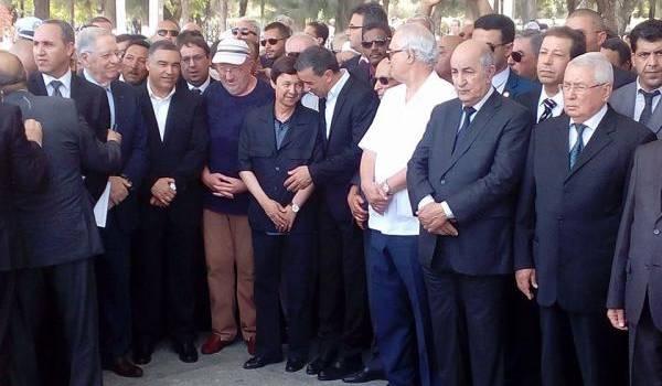 La dernière mise en scène entre Said Bouteflika et Ali Haddad au cimetière d'El Allia renseigne sur les moeurs politico-affairistes du pays.