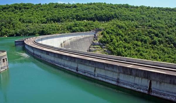 Le taux de remplissage des barrages est à 50 %