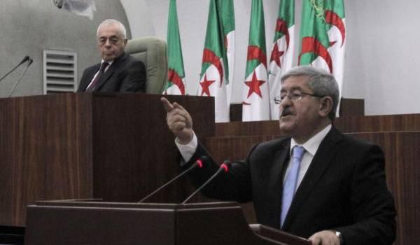 Les mêmes députés qui ont applaudi Tebboune ont voté pour Ouyahia.