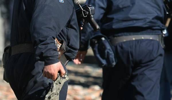 L'attentat terroriste qui a visé un commissariat de Tiaret a fait deux victimes, deux policiers qui ont sacrifié leur vie pour déjouer l'attaque..