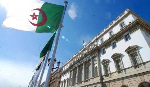 La première législature de l'Algérie indépendante est unique au monde.