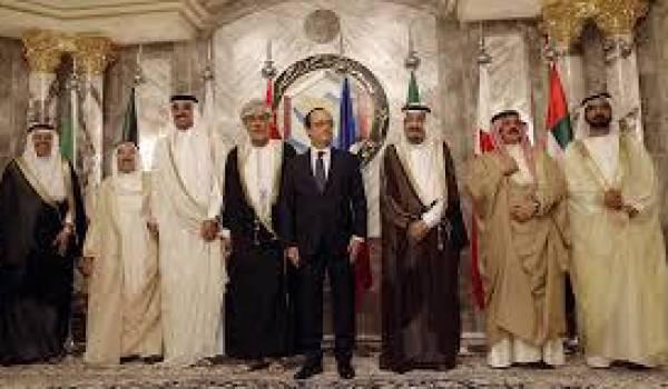 François Hollande a surtout fait le VRP pour l'industrie militaire française auprès des monarchies.
