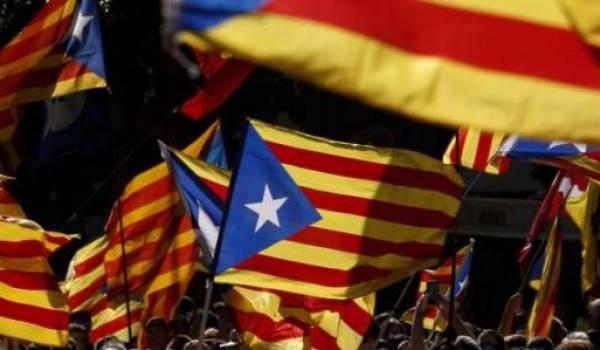 Les Catalans veulent organiser un référendum d'autodétermination en octobre.