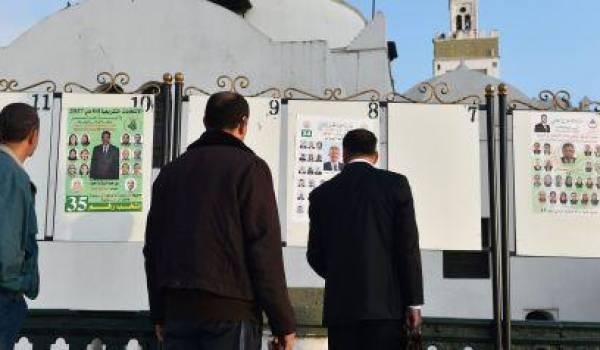 Dépourvu d'outils de prospective, les partis sont de simples machines à participer aux élections.