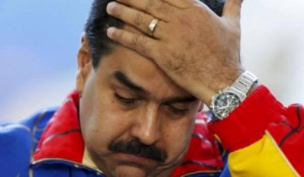 Escale technique du président Nicolas Maduro à Alger !