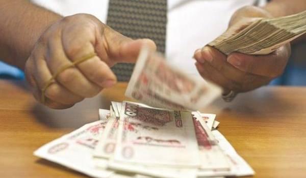 Le dinar perd de plus en plus de sa valeur sur le marché.
