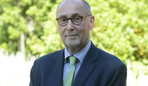 L'ambassadeur de France en Algérie promet de régler le problème des visas d'ici à décembre