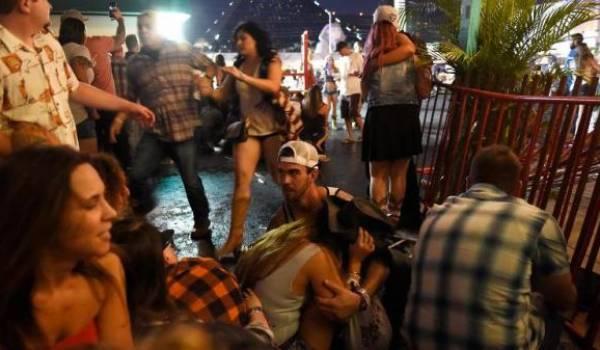 Les tirs fusaient de partout lors d'un concert de country à Las Vegas, selon des témoins.