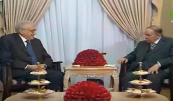 Lakhdar Brahimi en compagnie du Président algérien Abdelaziz Bouteflika