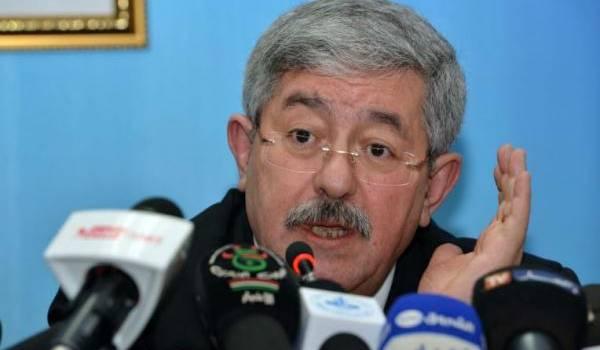 Ahmed Ouyahia agite les fantômes de la peur pour tétaniser les Algériens.