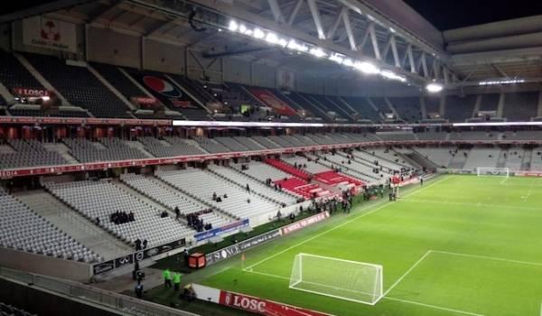(Stade Pierre Mauroy)